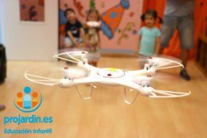 FB IMG 1577373631520 300x200 - Temático especial  Robótica y Drones