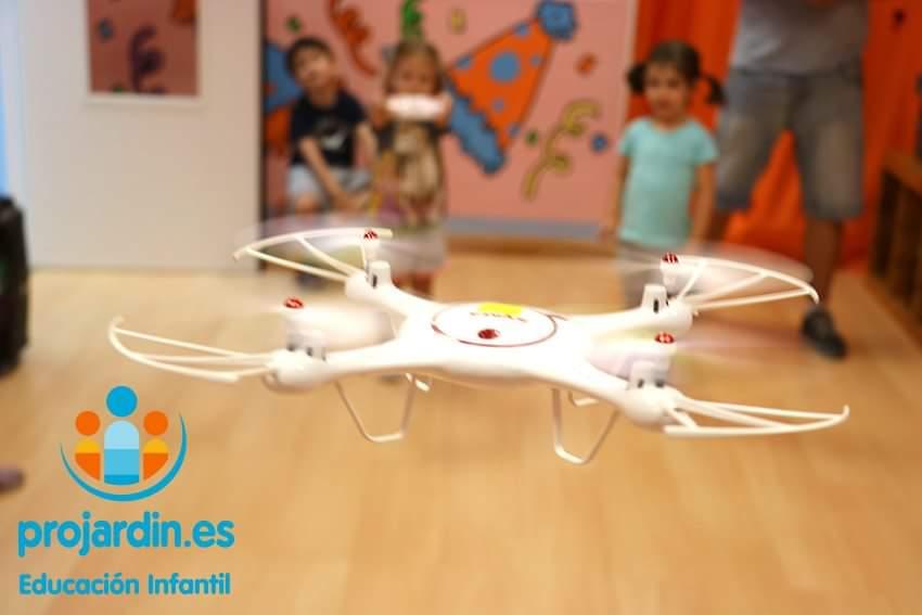 FB IMG 1577373631520 - Temático especial  Robótica y Drones