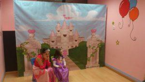 z dsc0148 47683 300x169 - Temático de Princesas