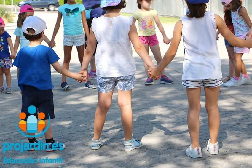 FB IMG 1577373471864 - Campamentos en escuelas infantiles