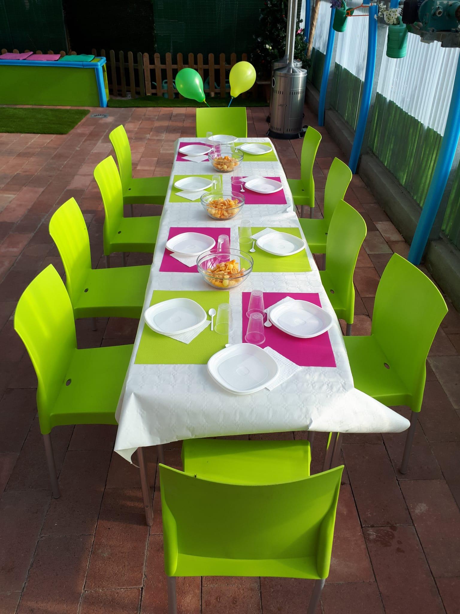mesa comida - Cumpleaños San Agustín del Guadalix